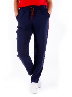 Pantaloni bleumarin cu vipușcă roșie