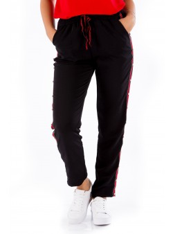 Pantaloni negri cu vipușcă roșie