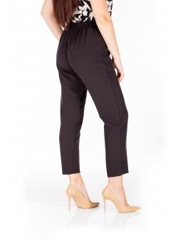 Pantaloni cu talia elastica
