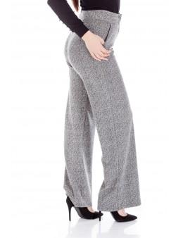 Pantaloni evazati cu talie inalta