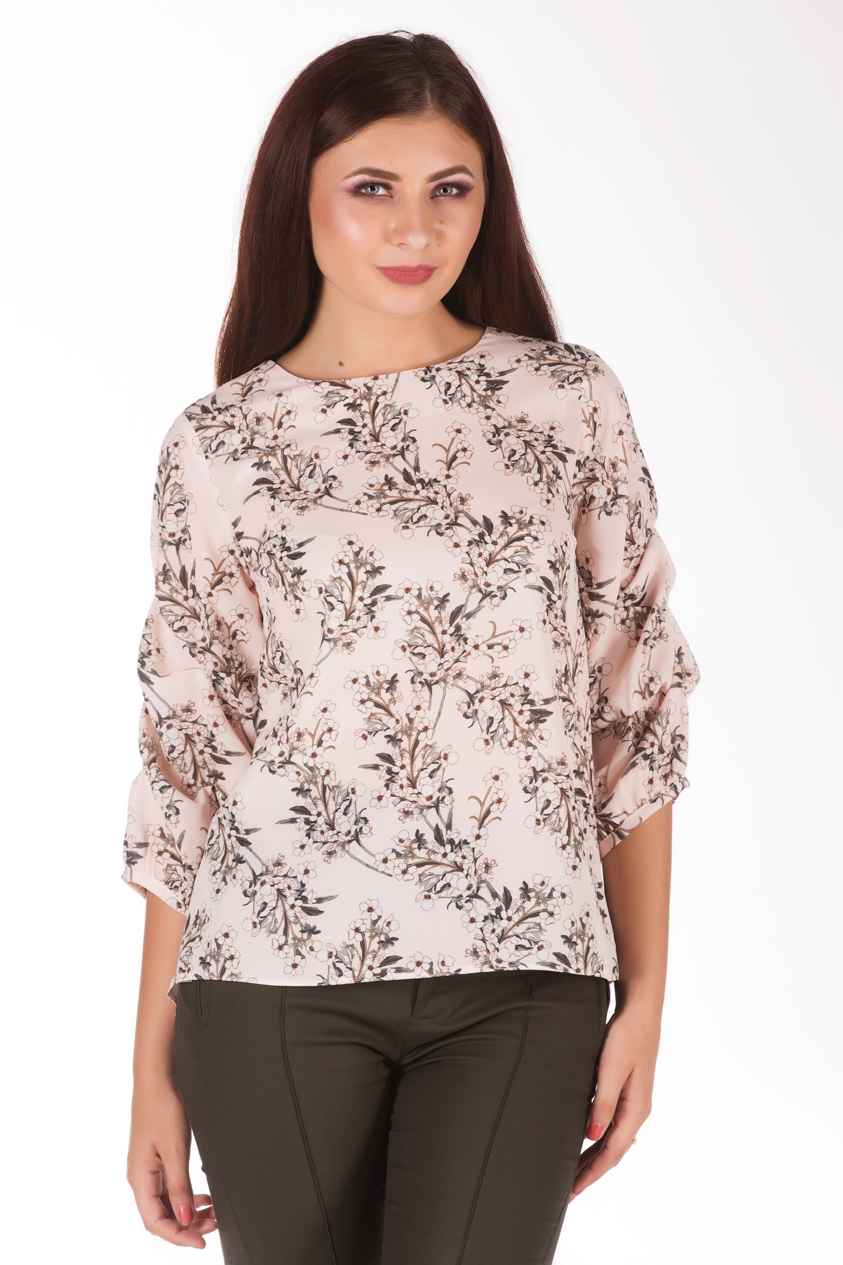 Bluza cu imprimeu floral si maneci bufante
