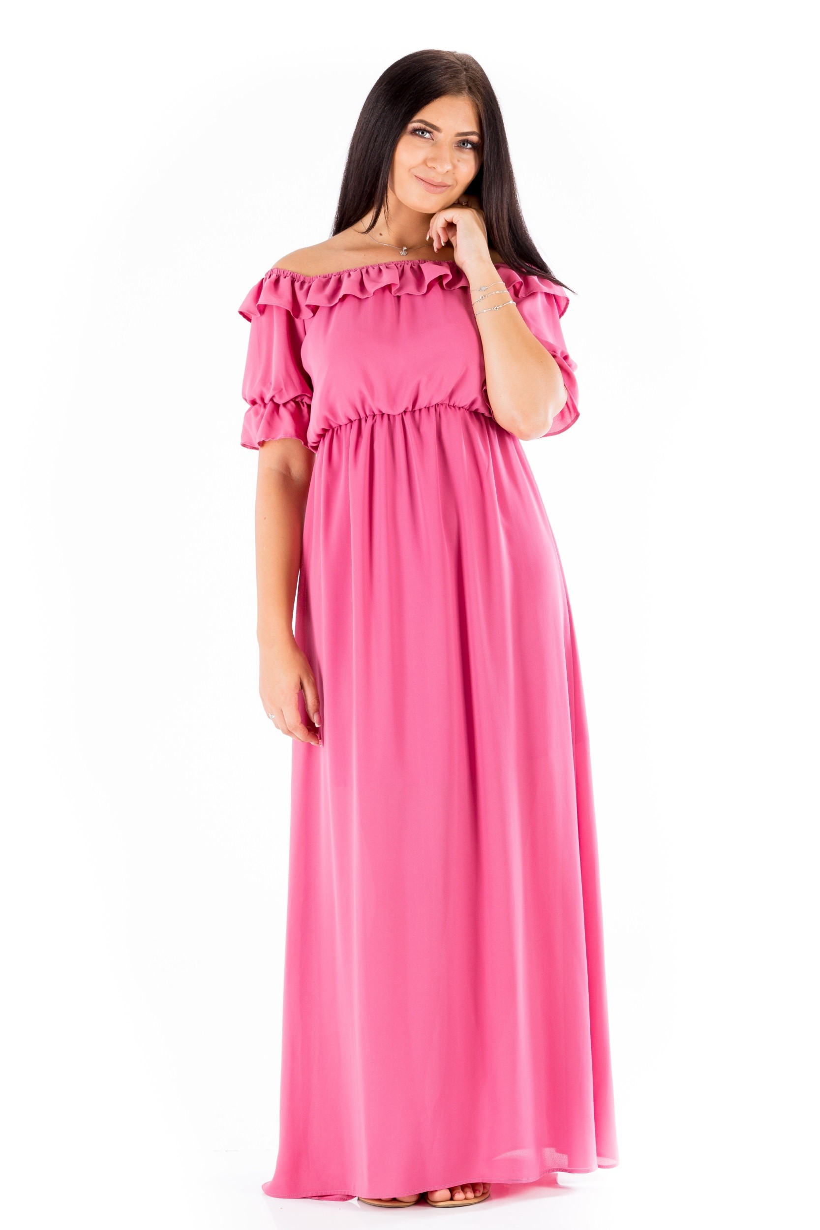 Rochie roz, lungă și cu mânecă bufantă