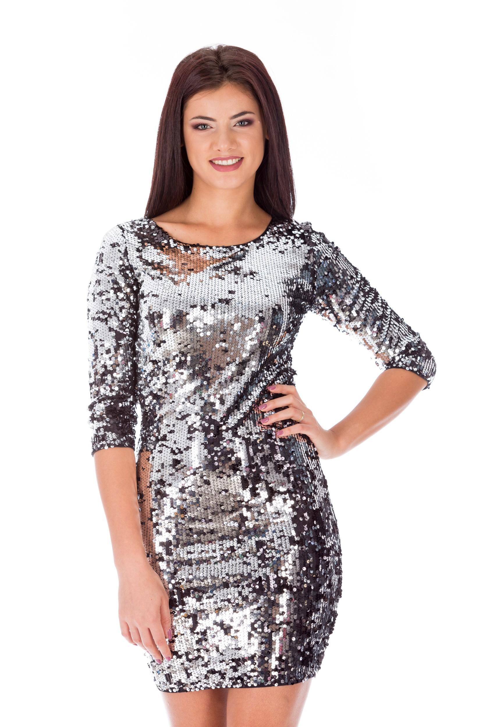 Rochie argintie cu paiete de revelion