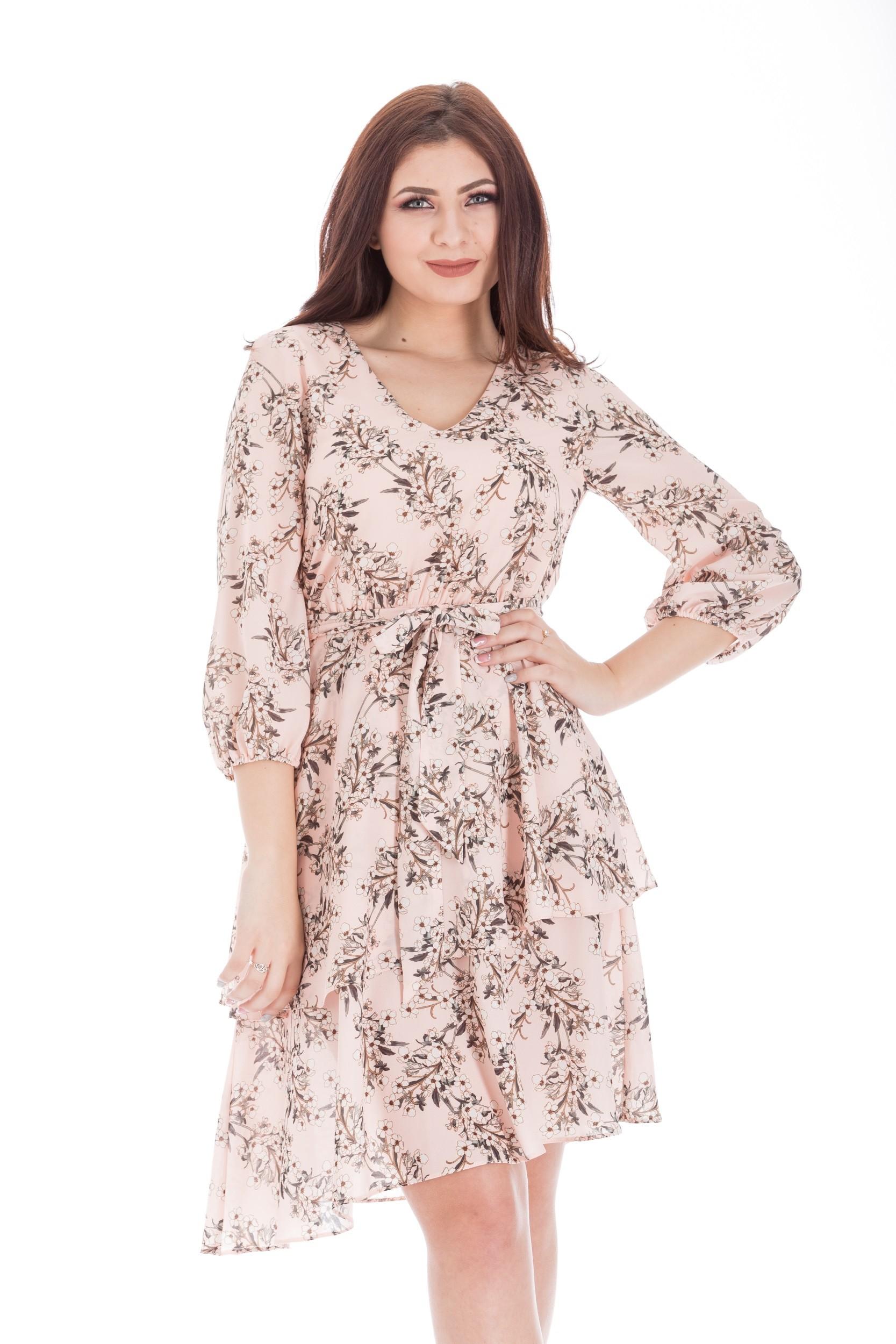 Rochie cu model floral si snur in talie