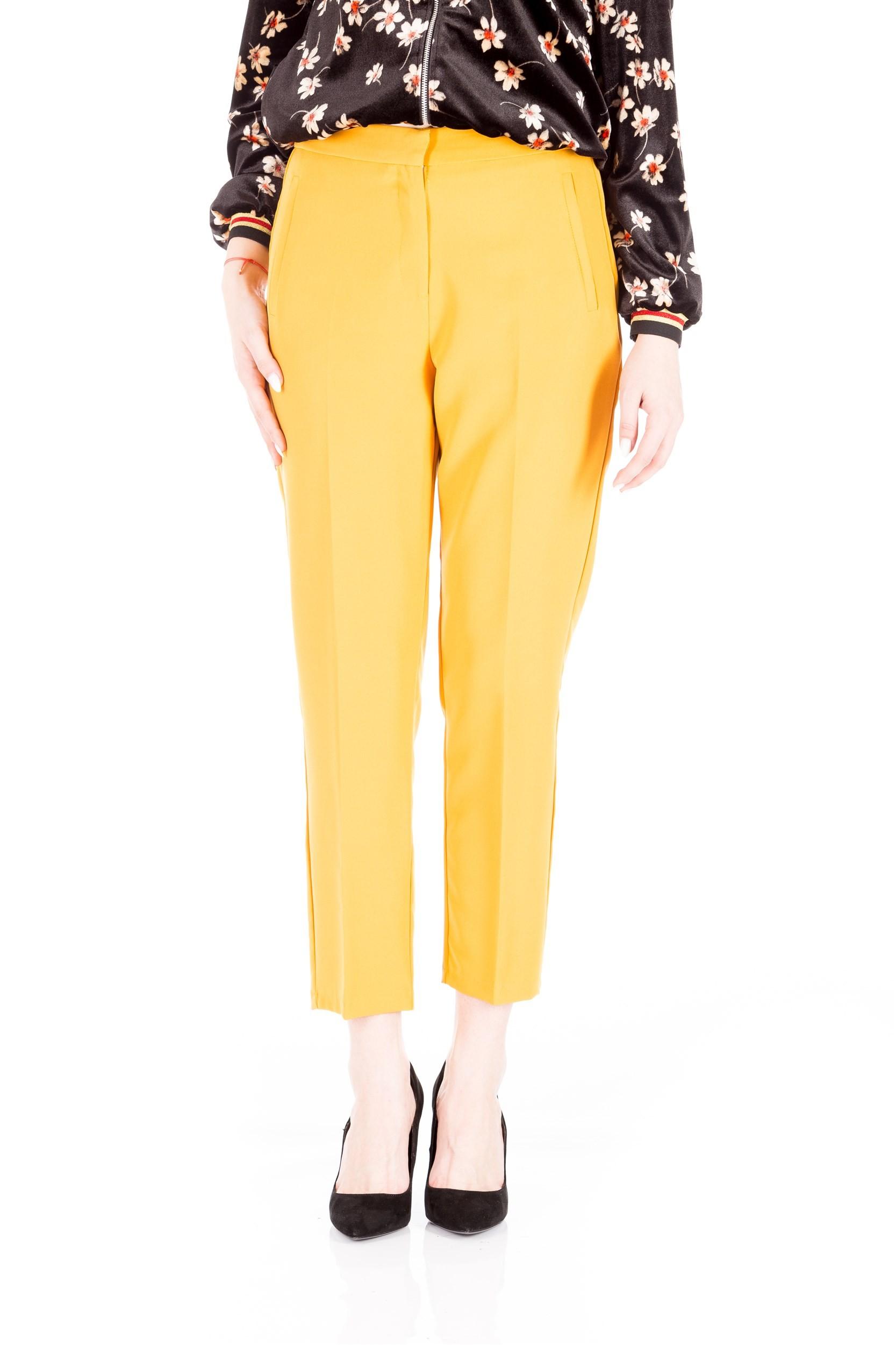 Pantaloni conici cu buzunare verticale