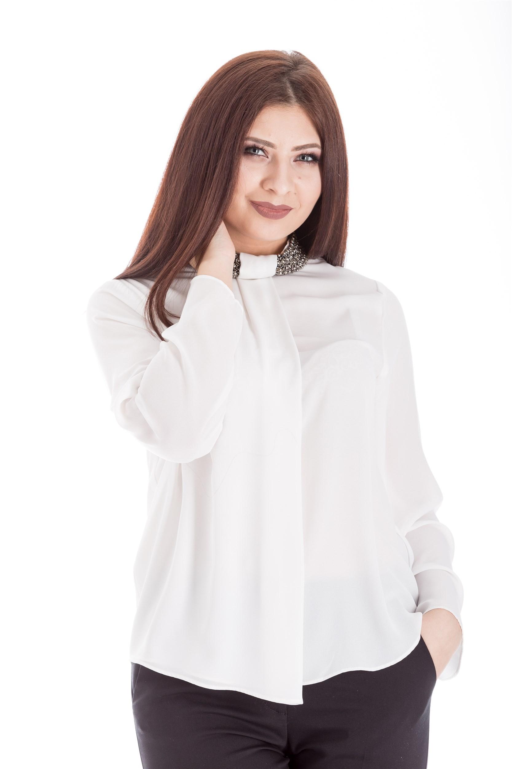 Bluza cu guler accesorizat