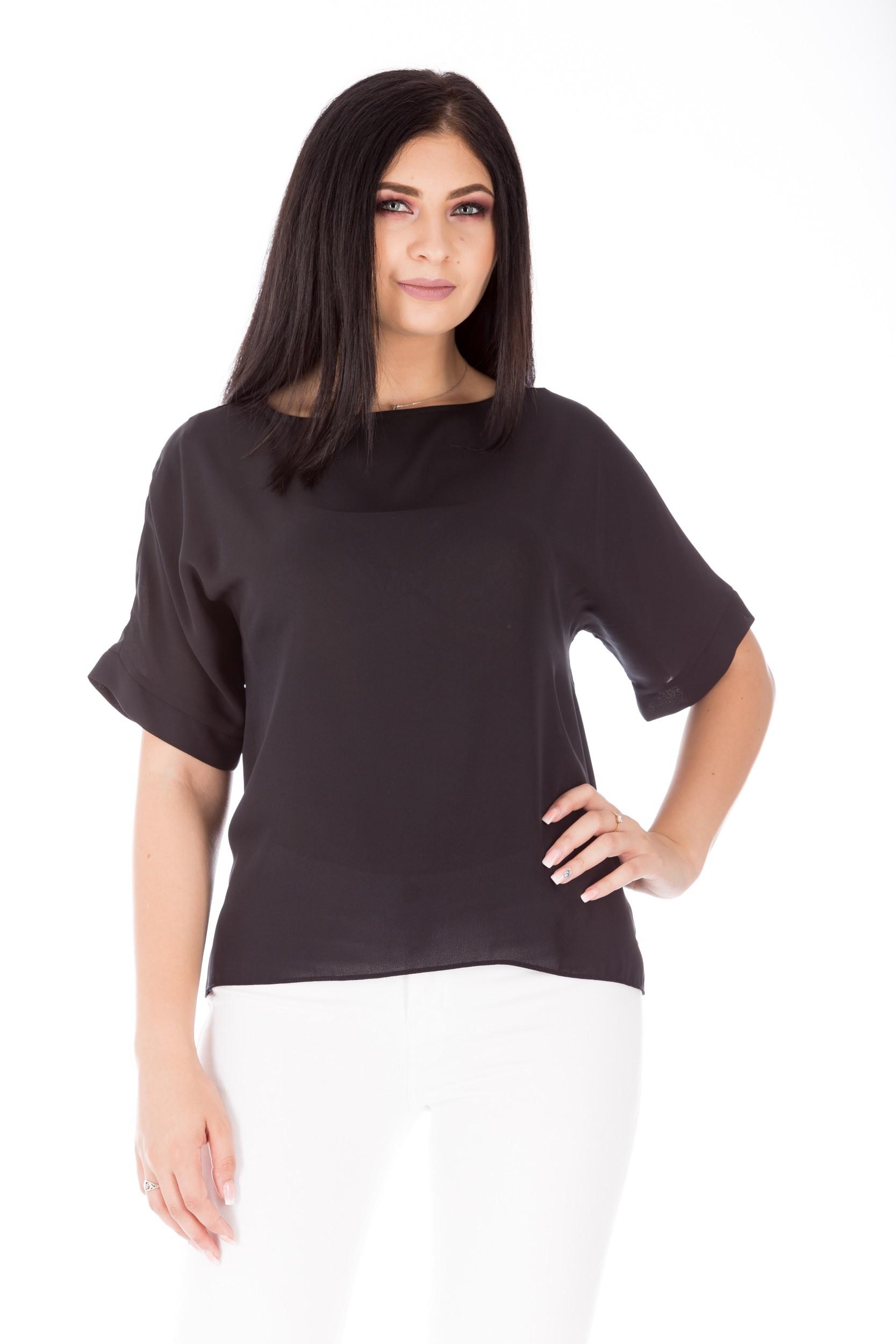 Bluză neagră cu mânecă tip kimono