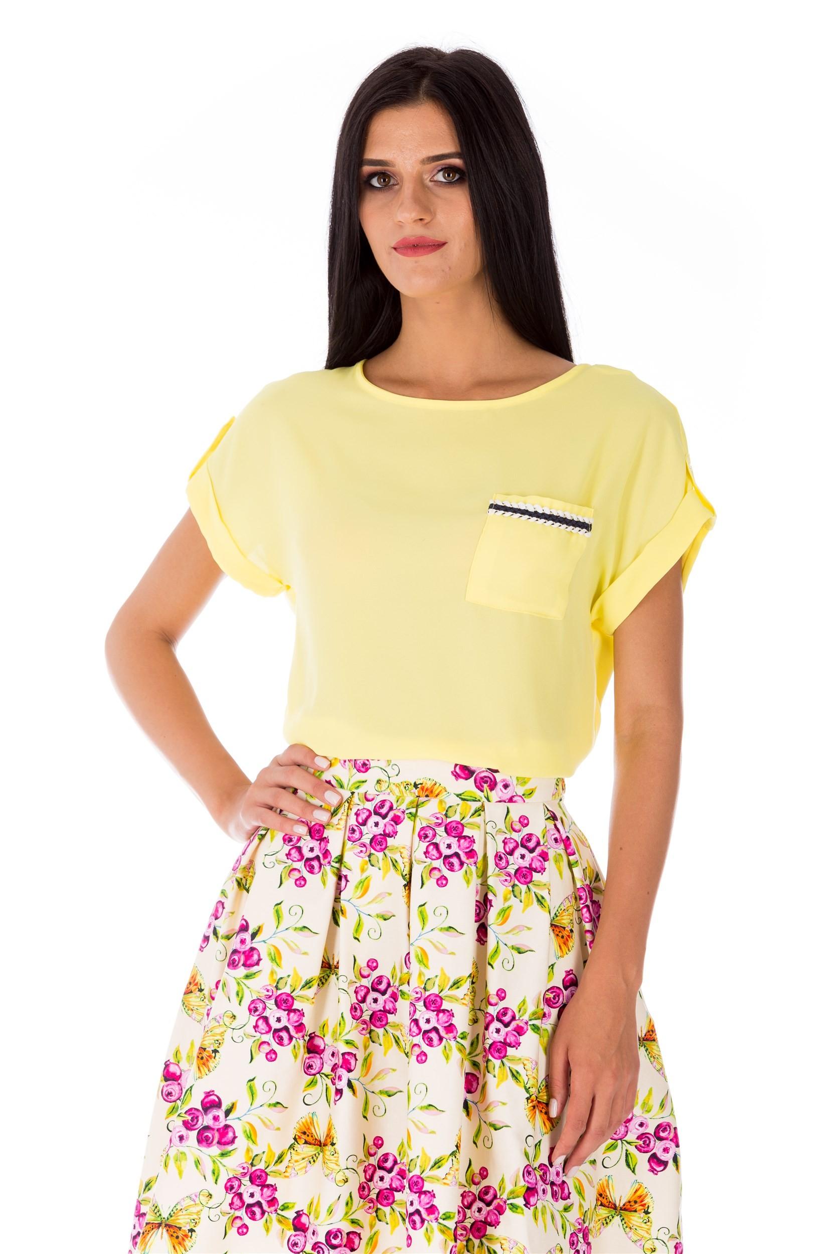Bluză galbenă cu decolteu tip barcă